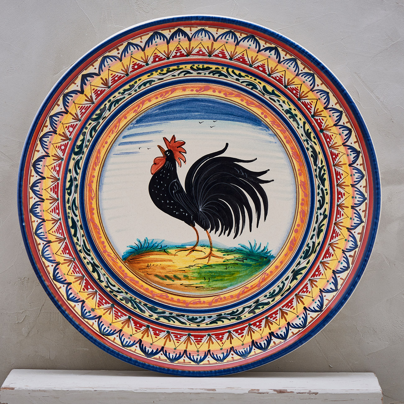 Black Rooster Plate with Geometric frame - 35 cm 1