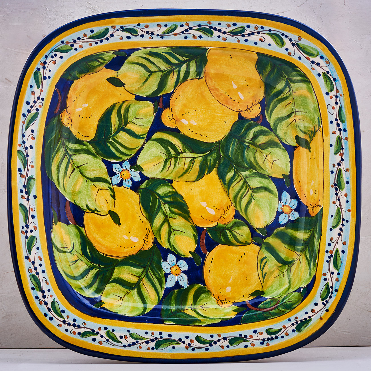 Lemon Tray Blue background - 40 x 40 cm 1