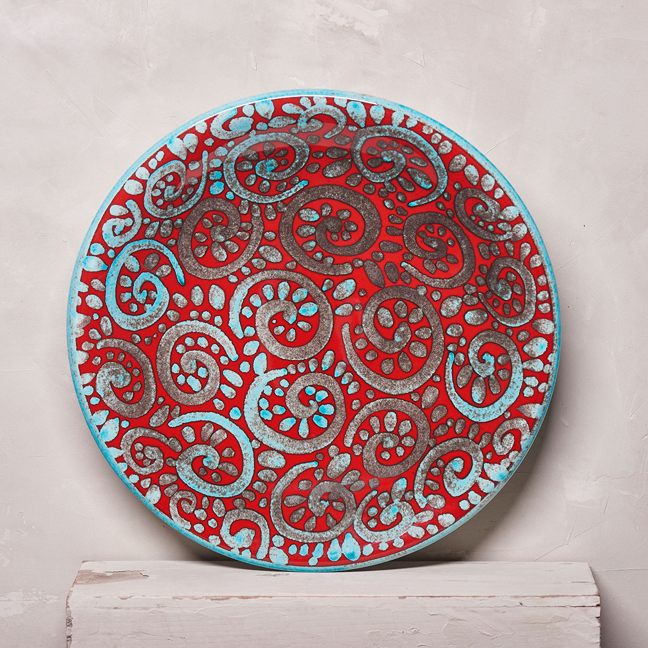 Red Plate with a little Spirals - 34 cm 1